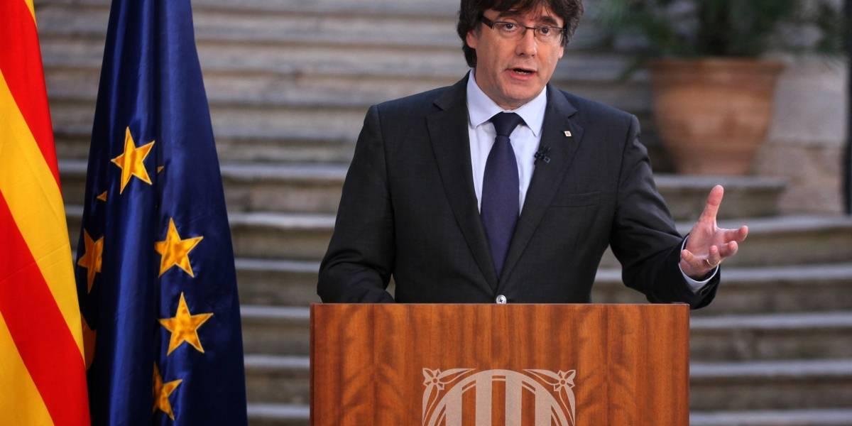 Puigdemont pide resistencia pacífica ante la intervención del gobierno español