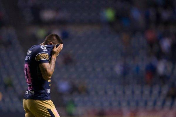 El octubre de Nicolás Castillo ha sido para el olvido / Foto: Photosport