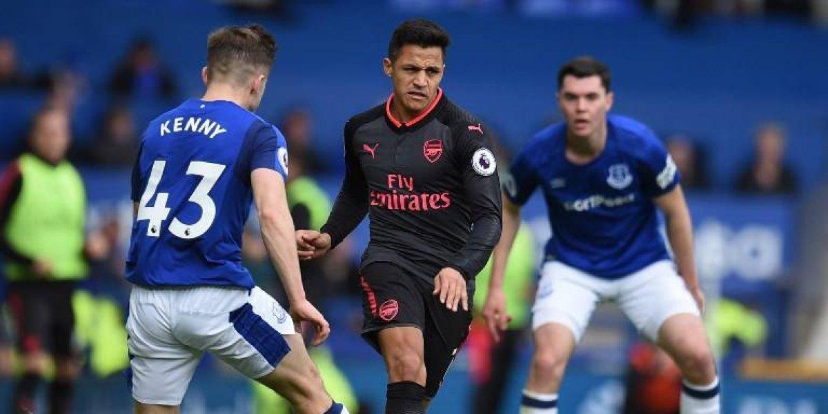 Alexis podría ser compañero de Wayne Rooney ante millonario interés de Everton