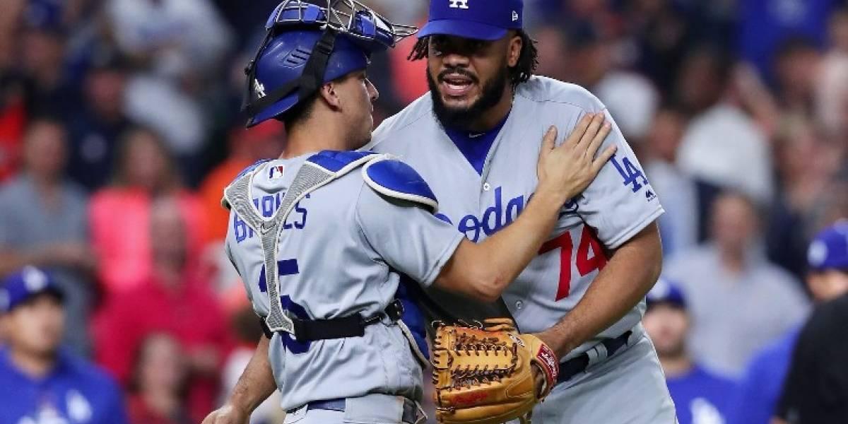 Dodgers dan golpe de autoridad y empatan la Serie Mundial