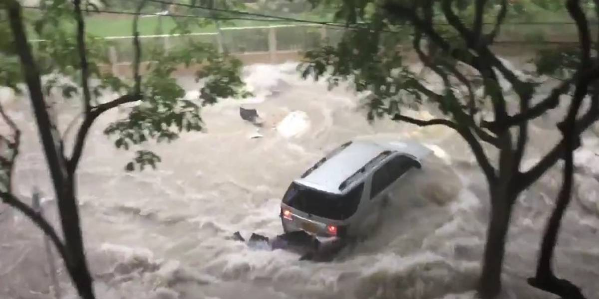 Arroyo de Barranquilla arrastró con una camioneta