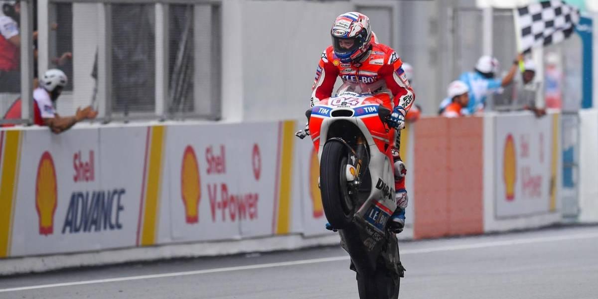 Dovizioso gana en Malasia y el título de Moto GP se decidirá en Valencia
