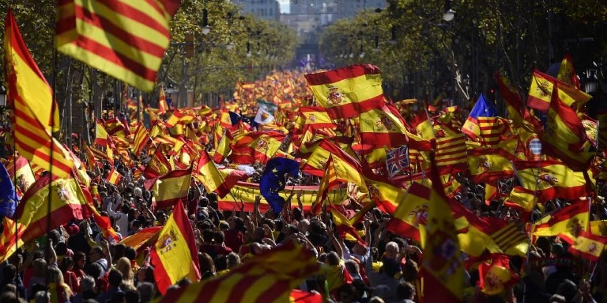 FOTOS. Miles de catalanes marchan a favor de la unidad en España
