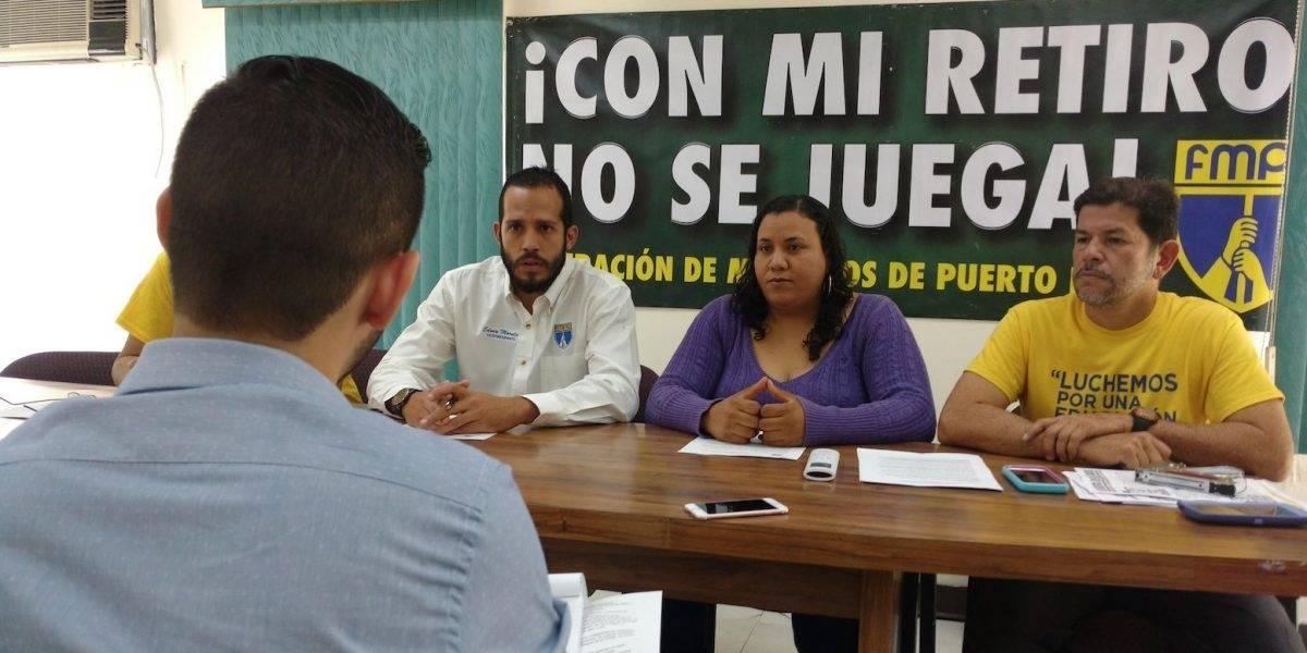 """Llaman a padres y maestros a protestar contra """"agenda privatizadora"""""""