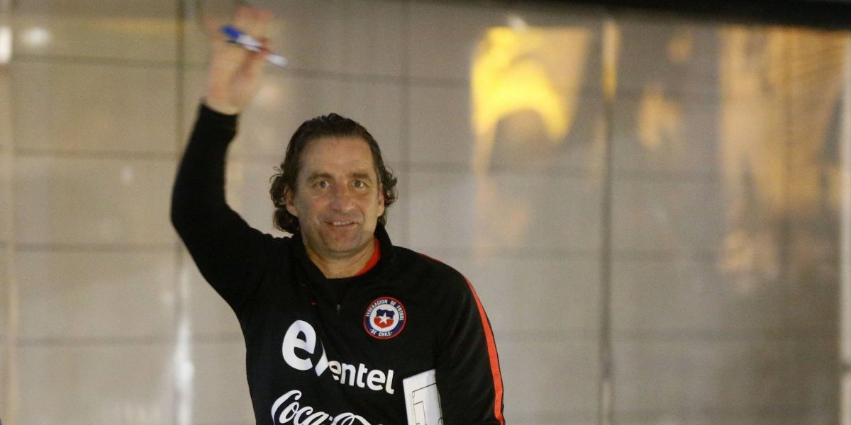 Juan Antonio Pizzi sorprende con visita express a Chile