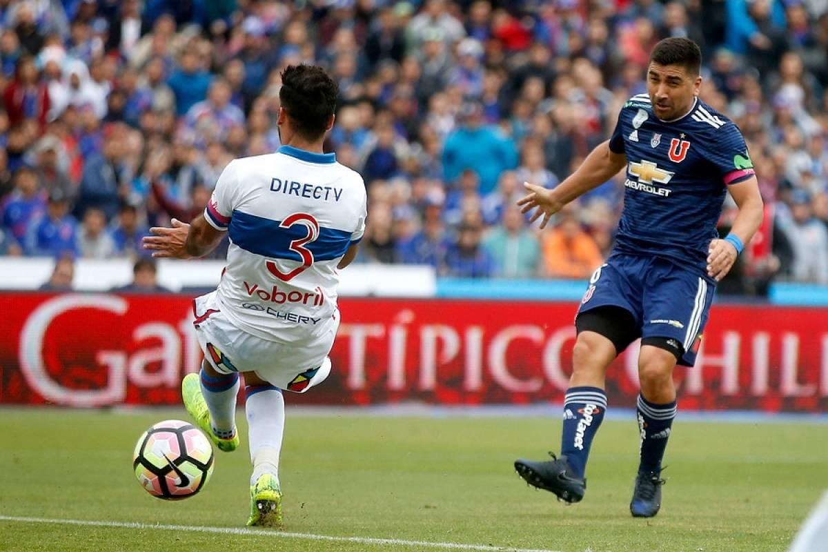 El 1-0 de Pizarro ante la UC - Photosport