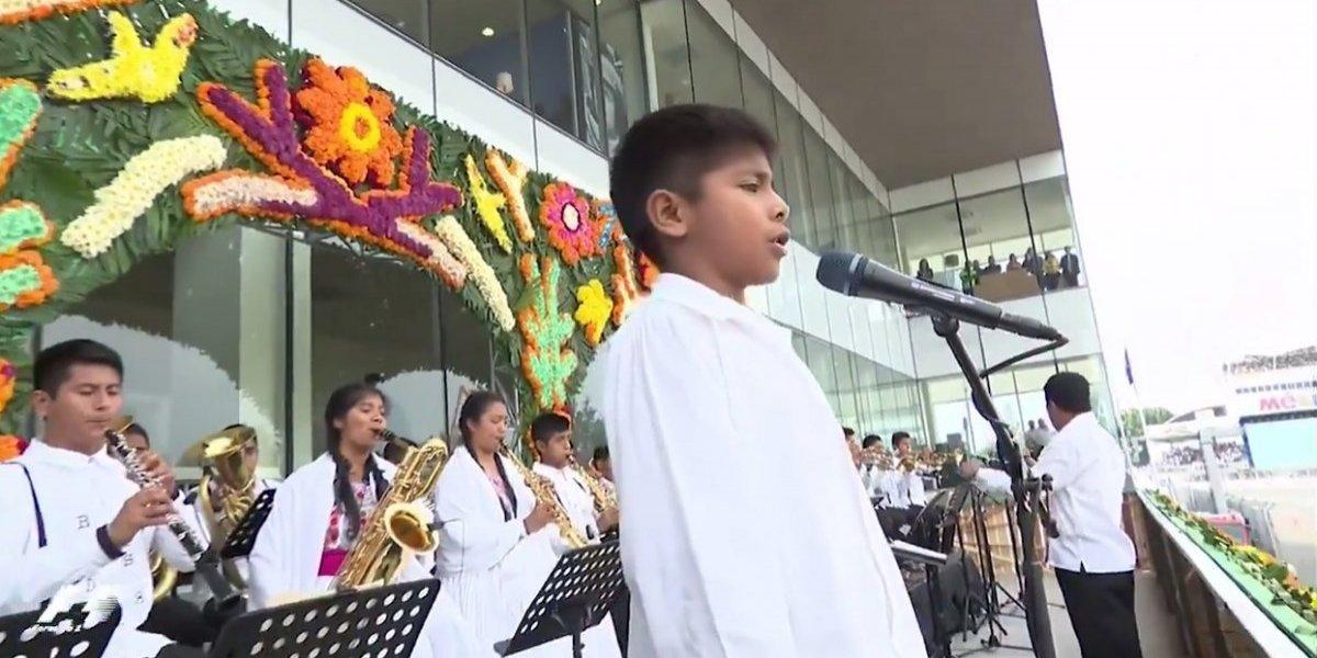 GP de México tiene emotiva ceremonia del Himno Nacional