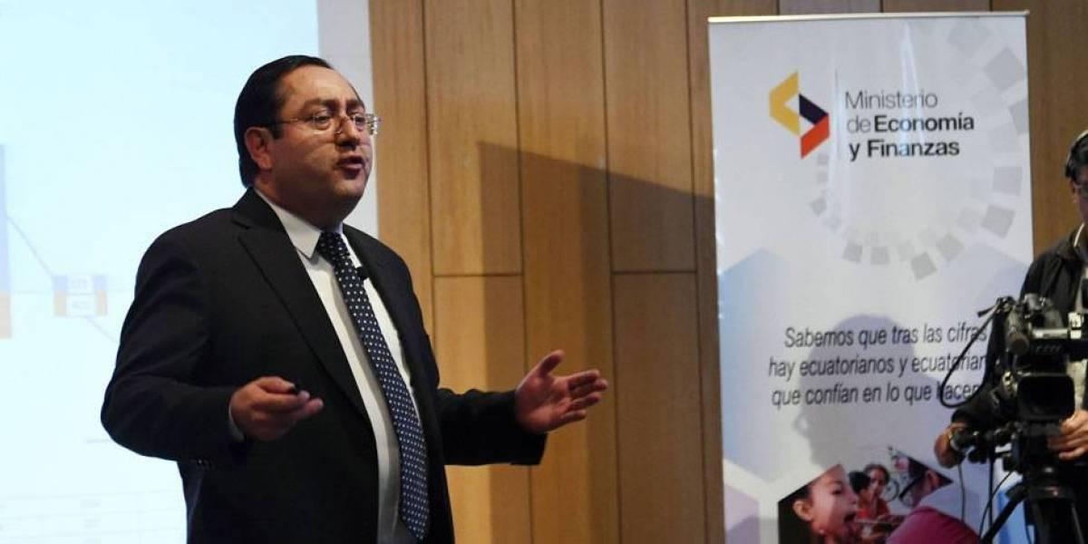 Ecuador reducirá presupuesto a obra pública en 2018