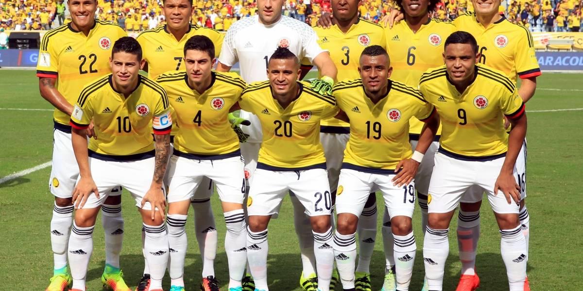 49a76e534c Oficial: Camiseta de la Seleccion Colombia para el Mundial de Rusia ...