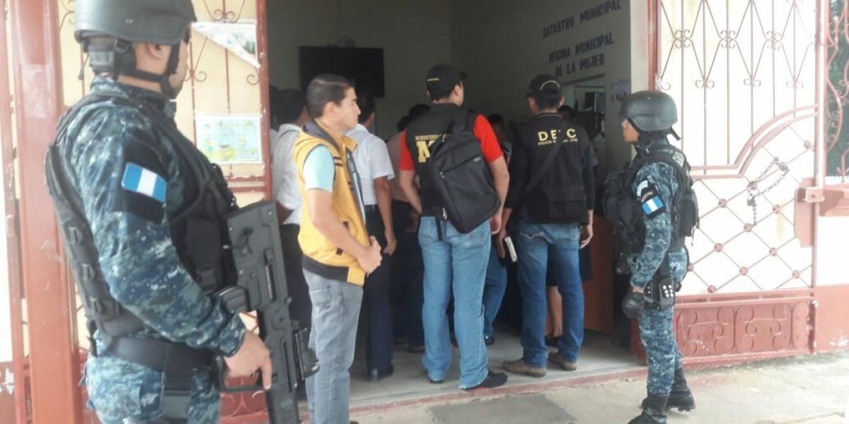 Detienen a presuntos integrantes de red de sicariato que opera en Izabal y Petén