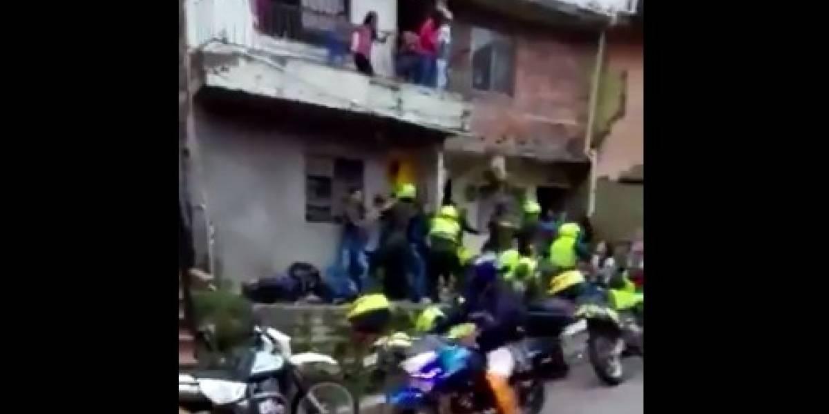 Video: A golpes recibieron a la Policía en Belén Rincón cuando iban a inmovilizar una moto