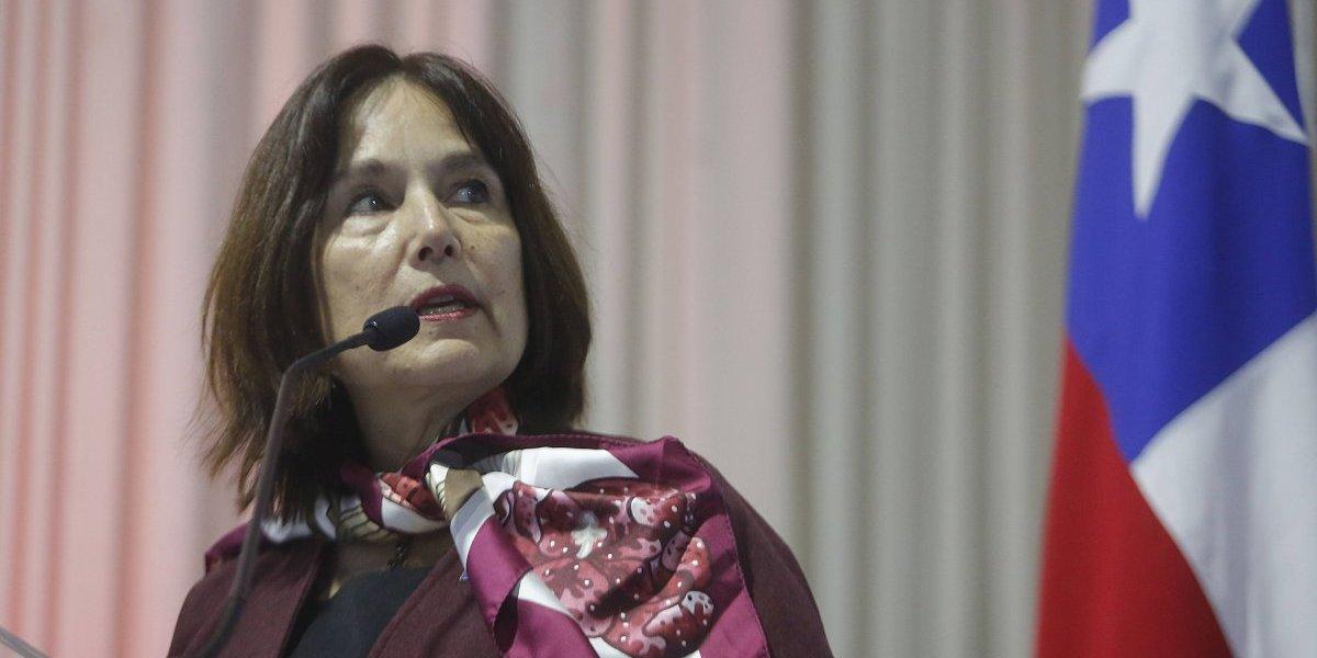 Ministra de Salud descartó utilizar el bono por retiro de funcionario público