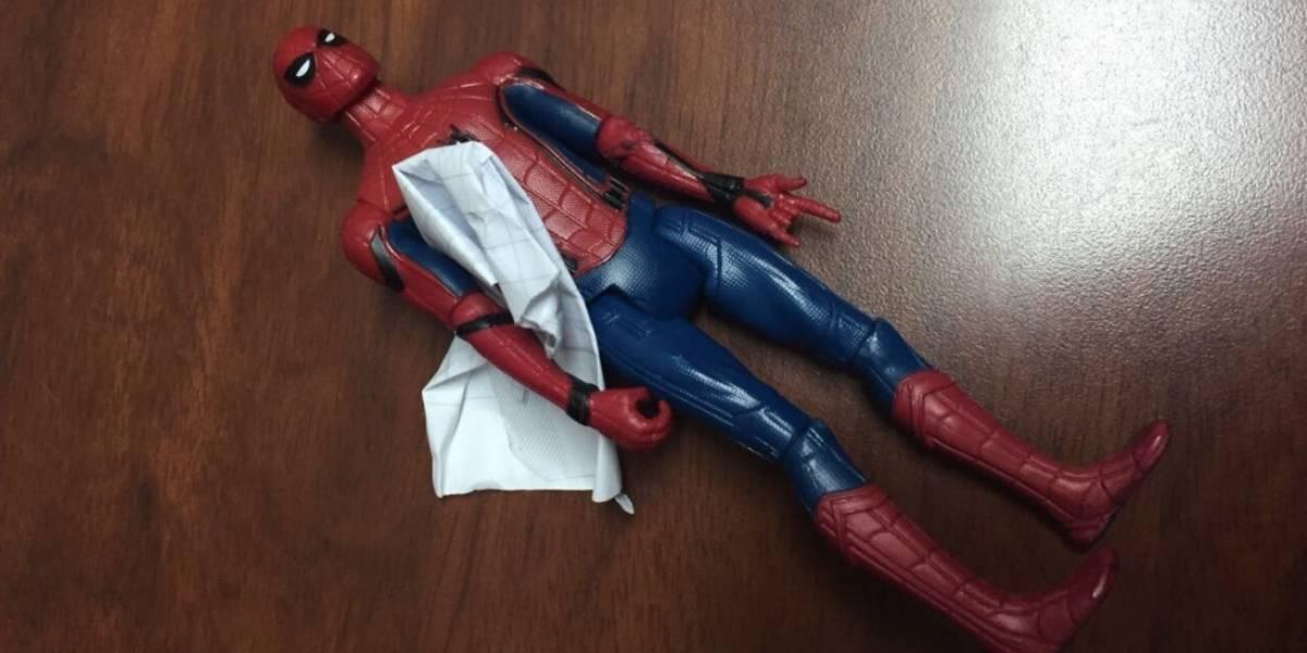"""""""Diosito te regalo mi spiderman pero cura a mi abuelito"""": el conmovedor mensaje de un niño que impactó a las redes"""