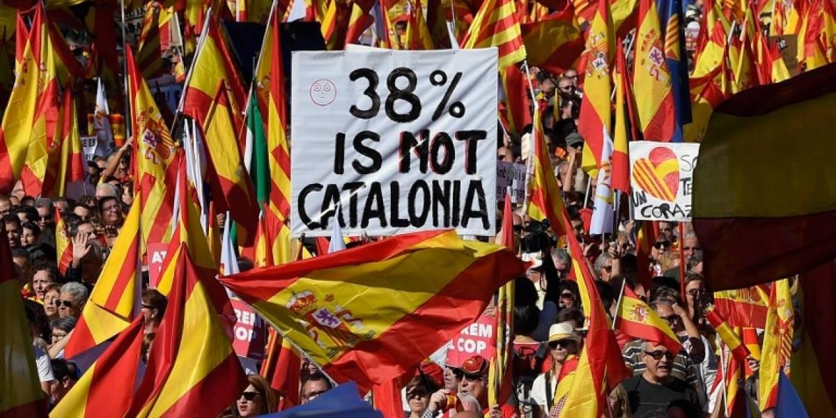 Cataluña inicia una semana incierta tras destitución de independentistas