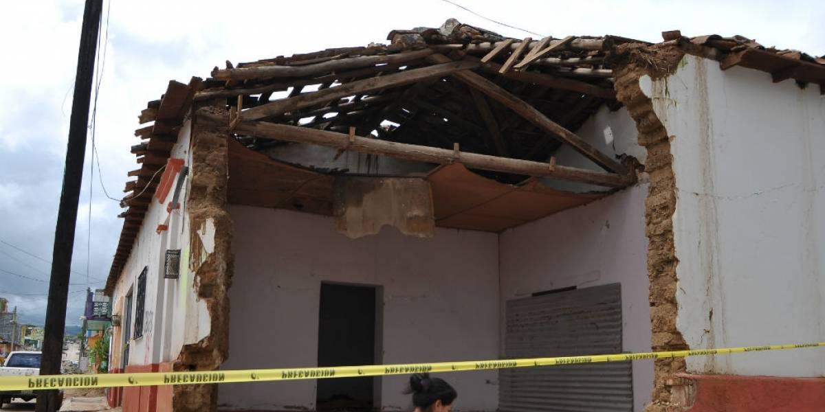 Peña Nieto supervisa reconstrucción de casas en Chiapas