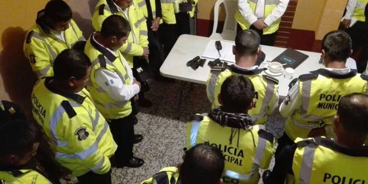 Policía Municipal de Mixco inicia jornada con oración y agradece una semana sin muertos en el Milagro