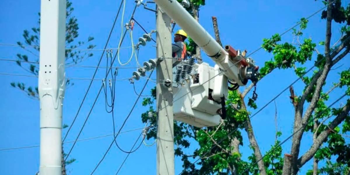Aumenta personal dedicado a los trabajos de recuperación del sistema eléctrico