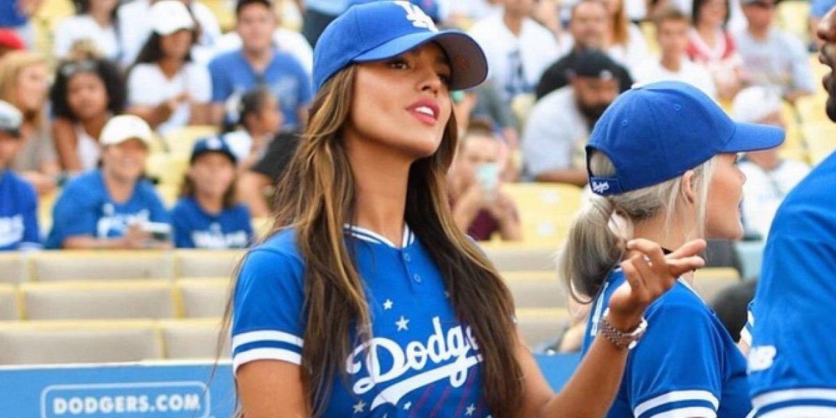 Eiza González, sexy aficionada de los Dodgers