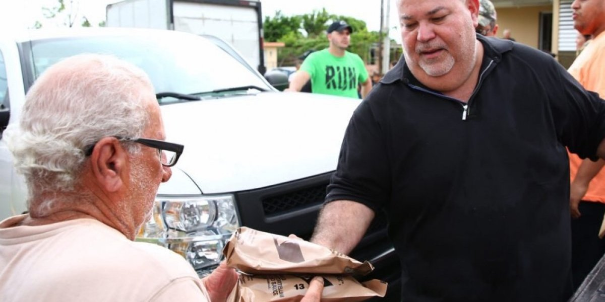 Reparten mil compras a residentes y personas encamadas en Ceiba