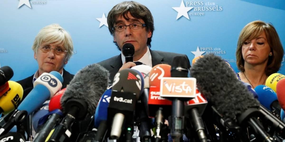 """Carles Puigdemont se declara el """"presidente legítimo"""" de Cataluña y niega que vaya a pedir asilo político en Bélgica"""