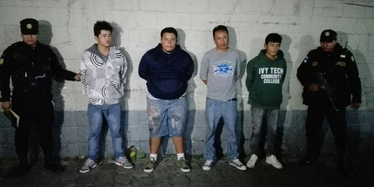 Capturados cuatro hombres que pretendían raptar a mujer