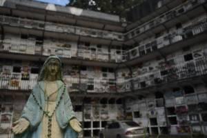 cementeriosventadefloresfotoomar16-544b3e627e6e3ca52179be51c19ac46f.jpg