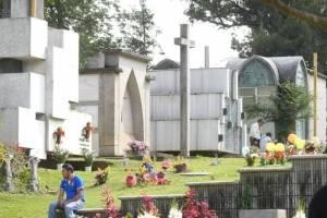 cementeriosventadefloresfotoomar22-890d7f57ac7630a9440ec21e02d390db.jpg