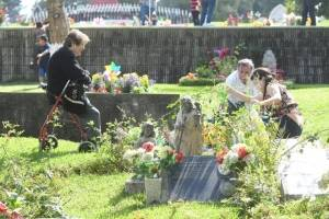 cementeriosventadefloresfotoomar23-8d54098881c0293aa6f3895e3fda7835.jpg