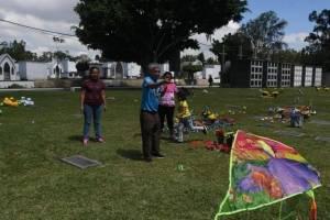 cementeriosventadefloresfotoomar39-6cde28662a54460d498c50c87354121e.jpg