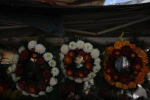 cementeriosventadefloresfotoomar8-91facdd88512f3e46bfe5bb0617b6753.jpg