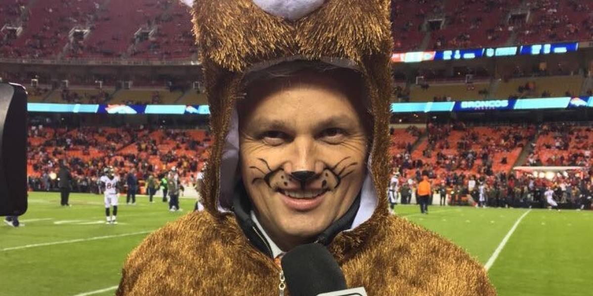 Trollean a John Sutcliffe por salir disfrazado de oso durante el MNF