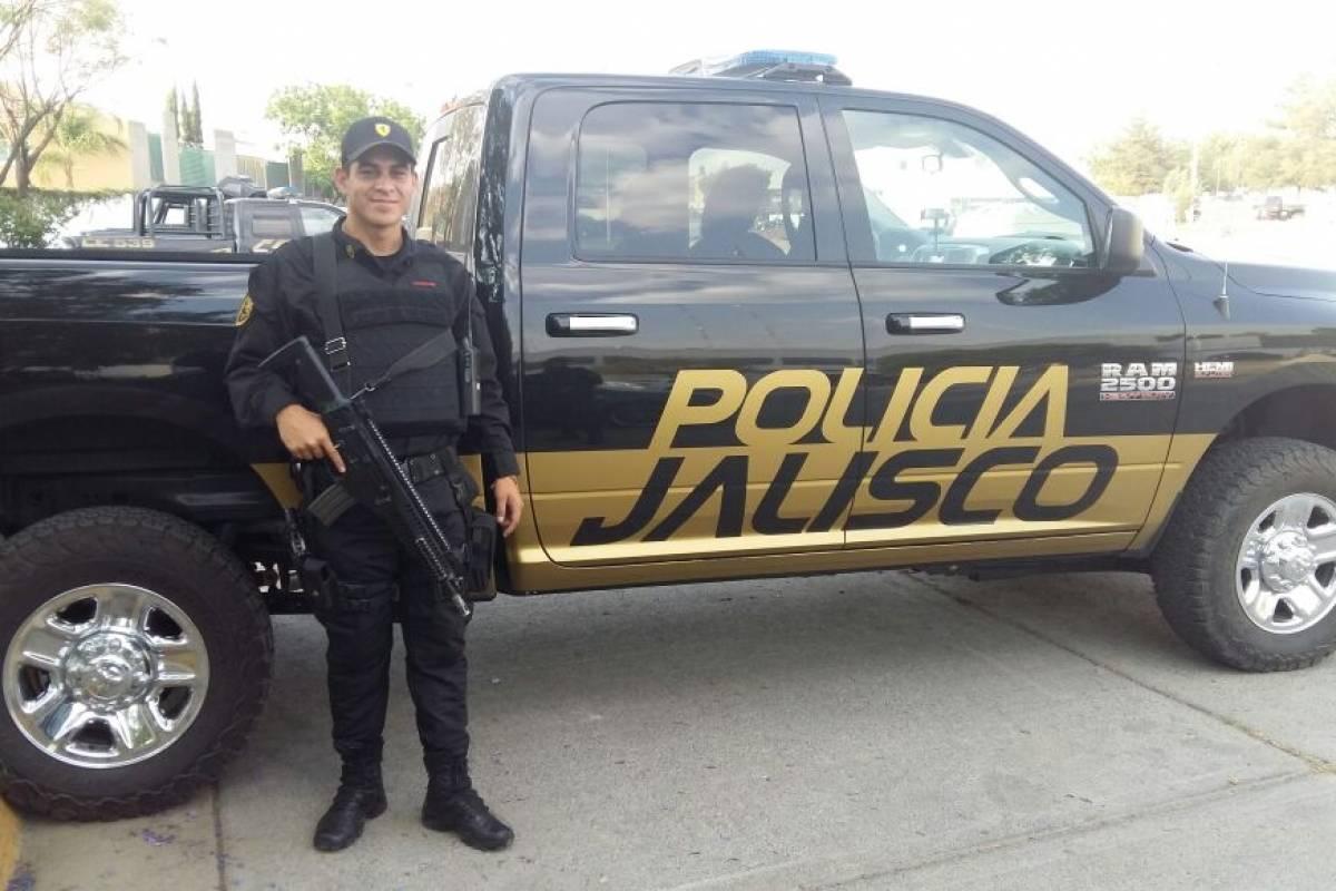policía mundo anuncio escort