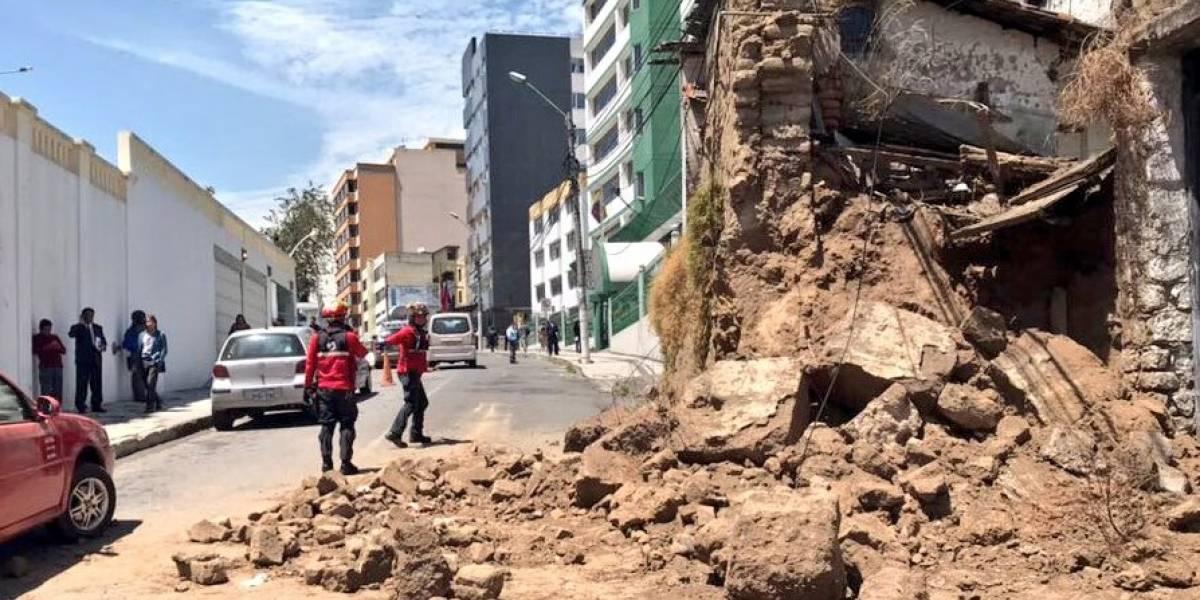 Dos personas heridas tras colapso de muro en la Alameda