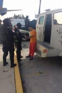 Llegada de 'El Tatos' al Aeropuerto Internacional de Toluca