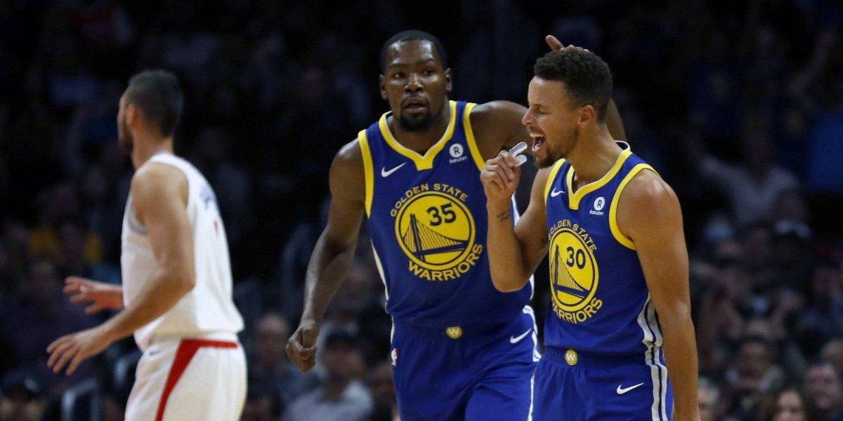 Curry aporta 31 puntos a paliza de Warriors sobre Clippers