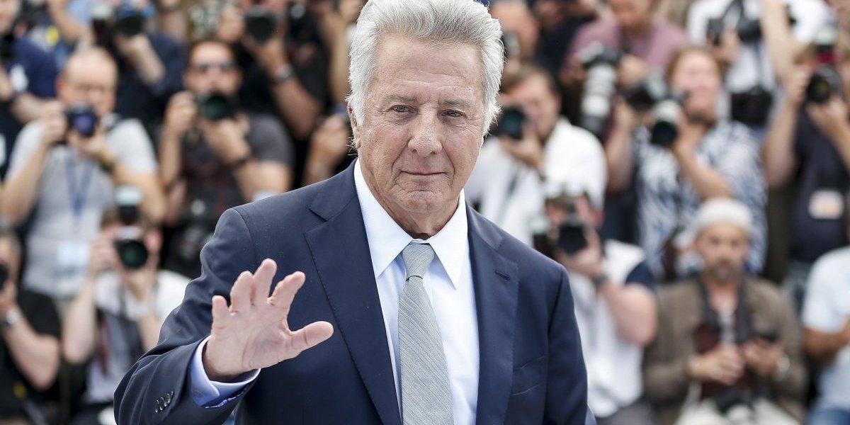 Acusan a Dustin Hoffman de acosar sexualmente a joven en 1985