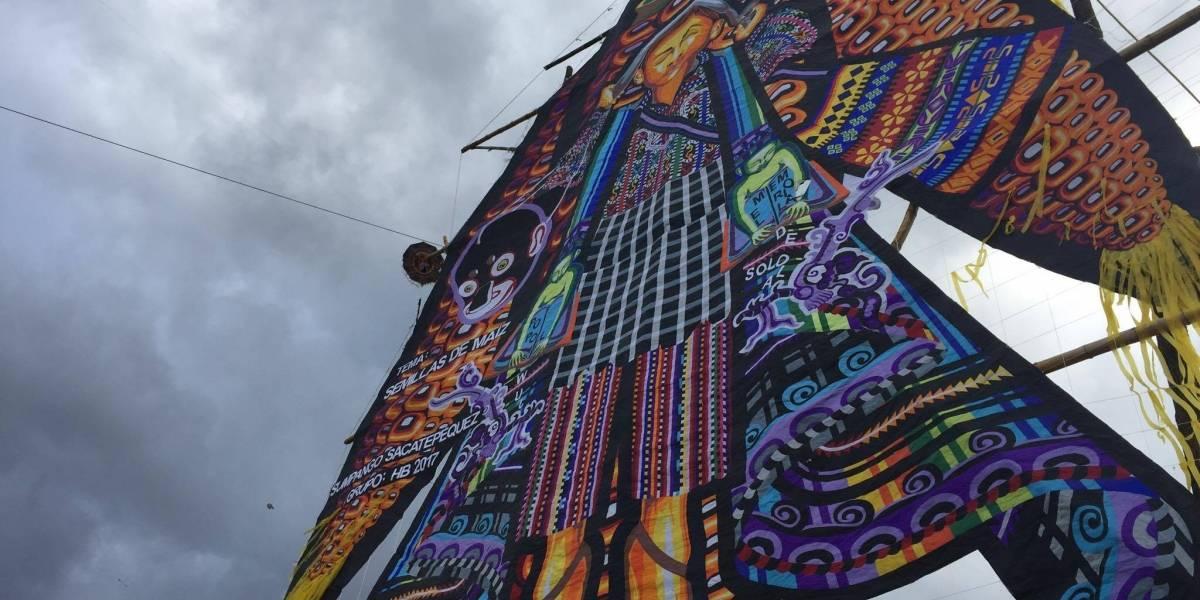 Fiesta de colores y diseños en Sumpango con los barriletes gigantes