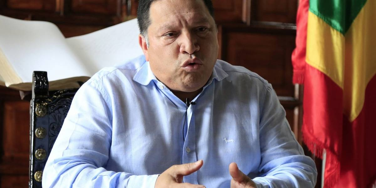 Renuncia el alcalde de Cartagena