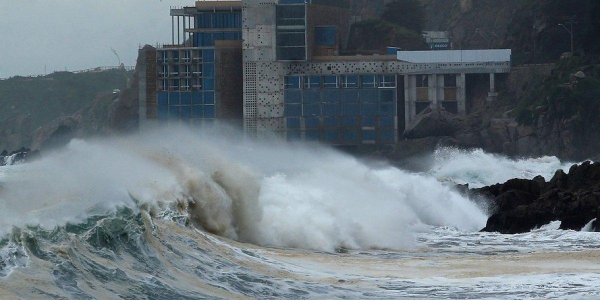 """Anuncian marejadas en costas de todo Chile: atentos, esta vez serán """"anormales"""""""
