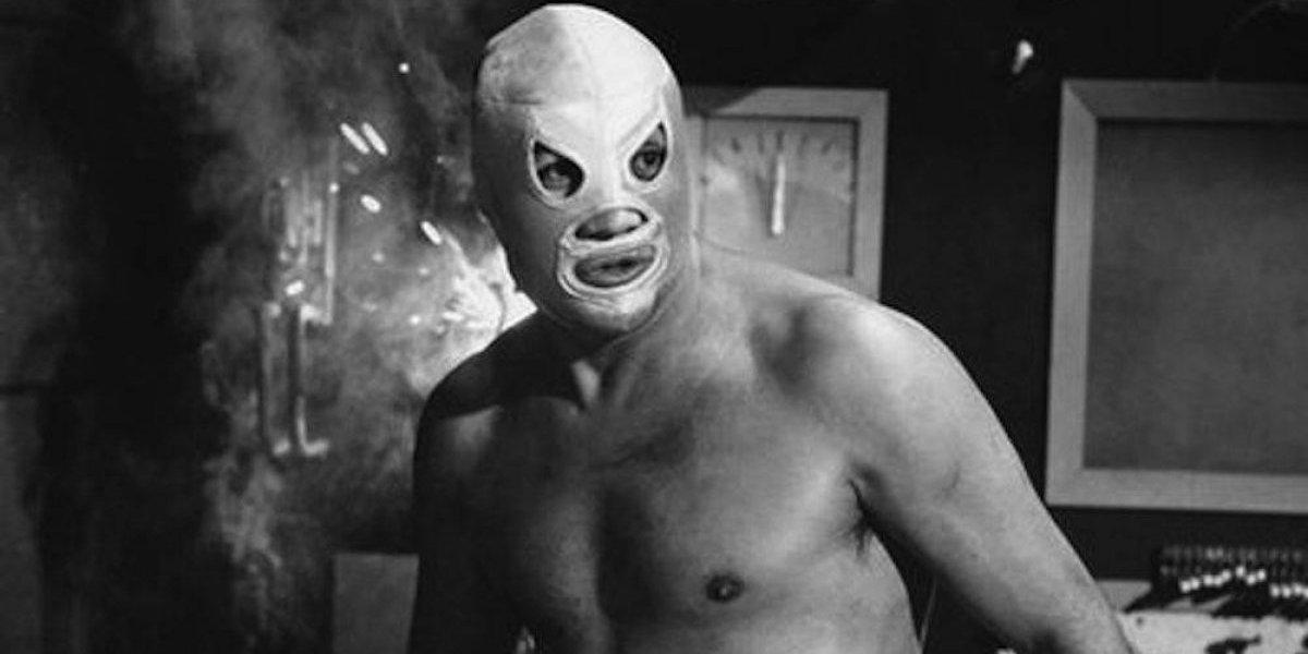 Películas del Santo no merecen homenaje en Cineteca por malas: Alejandro Pelayo