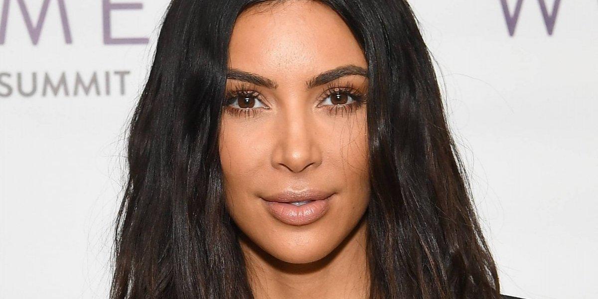Kim Kardashian presumió sus infartantes curvas al estilo de Selena Quintanilla