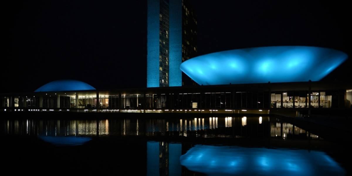 Começa a campanha Novembro Azul, de conscientização sobre câncer de próstata