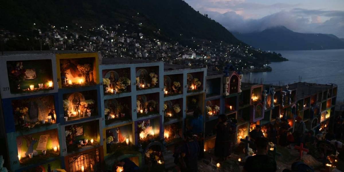Extraordinarias fotos del Día de Todos los Santos en Atitlán