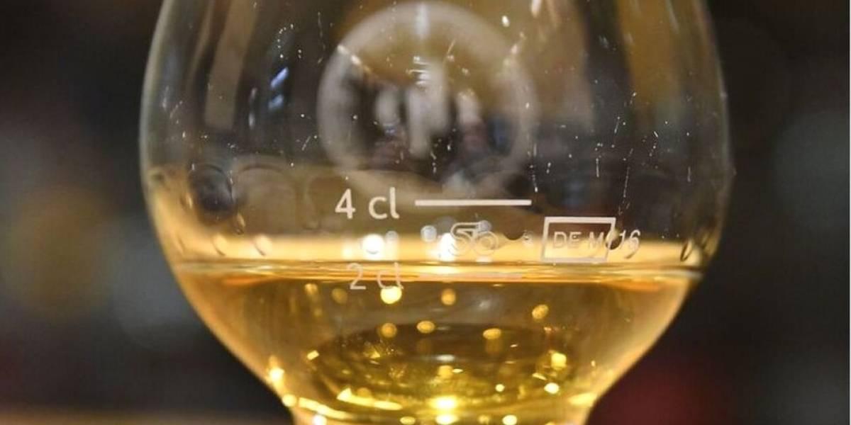 El trago de whisky escocés más caro del mundo que resultó ser falso