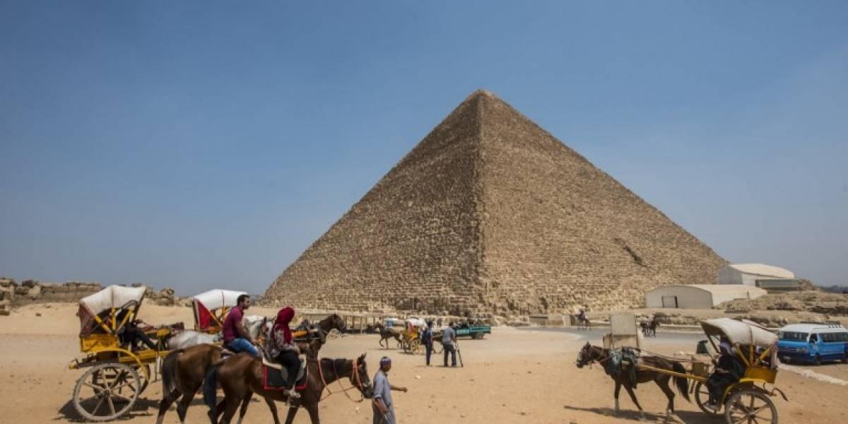 Descubren un misterioso y enorme agujero dentro de la pirámide de Keops