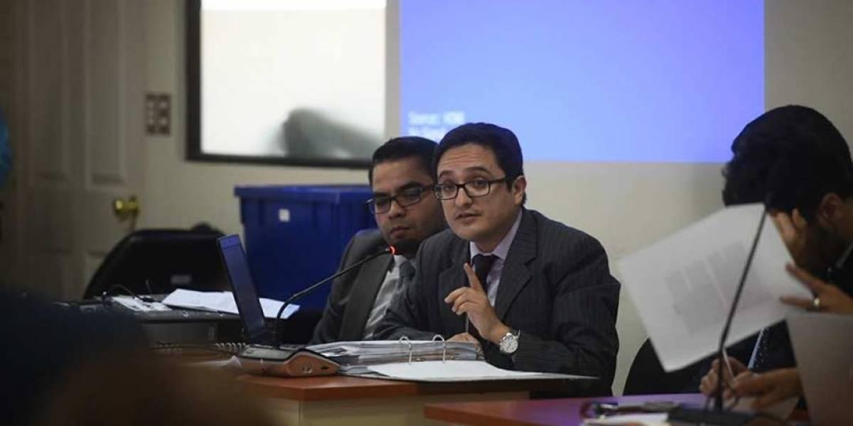 Fiscalía detalla supuestos nexos entre el alcalde Álvaro Arzú y el excapitán Byron Lima