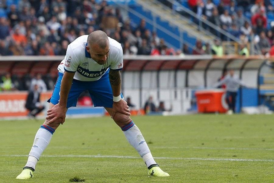El uruguayo Santiago Silva fue el único refuerzo de la UC para la Libertadores 2016 / Foto: Agencia UNO