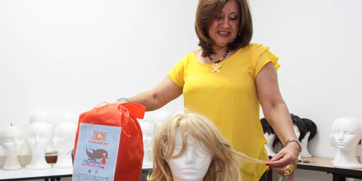 El banco que regala alegrías a mujeres con cáncer