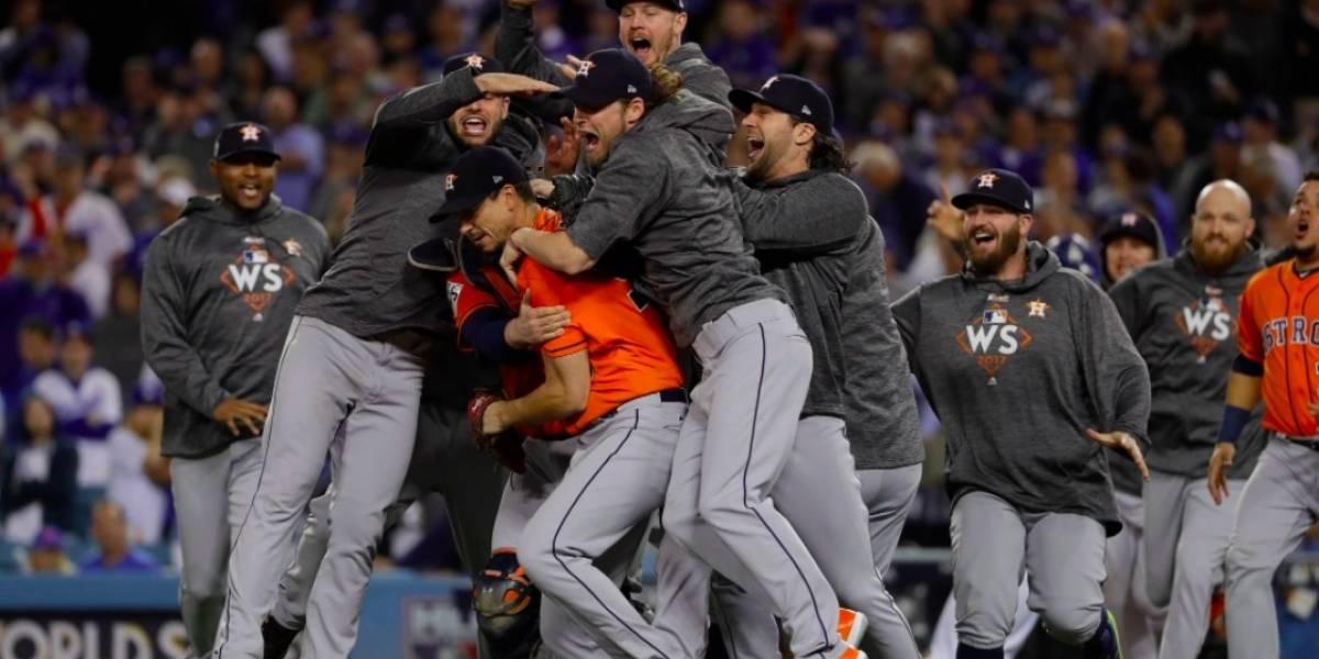 ¡Los Astros ganan el campeonato por primera vez en su historia!