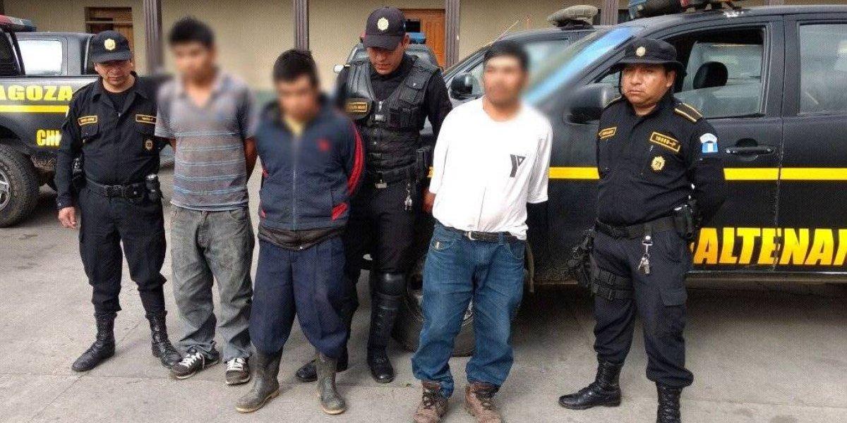 PNC investiga linchamiento de dos personas en Chimaltenango